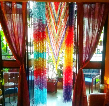 How to find a reliable manufacturer of beaded curtains in China